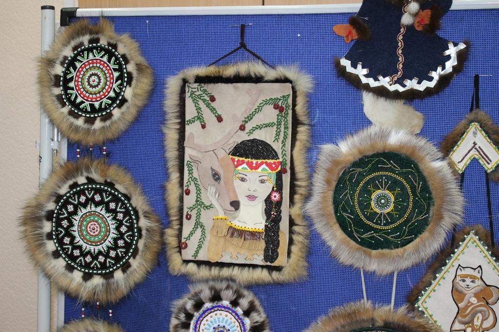 Выставка сувениров
